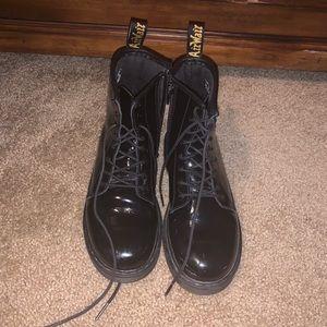 1460 Patent Black Doc Martens